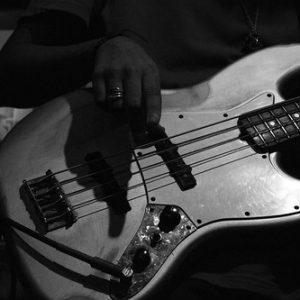 Instrumentos: Guitarra Eléctrica